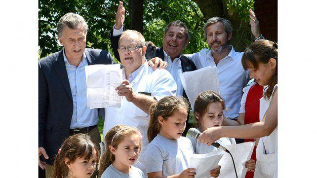 El presidente Macri realizó una visita sorpresa a una escuela rural