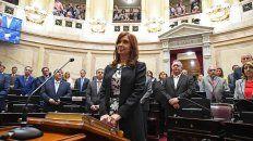 Con protección. Al ser senadora, solo podrá ir presa si el Senado le quita los fueros.