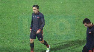De movida. Bruno Urrubarri jugará su primer partido como titular desde su llegada a Patronato.