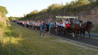 En Valle María hubo peregrinación en honor a la Virgen e inauguración de la playa