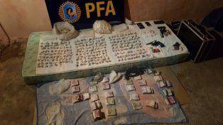 La Federal rodeó el Lomas: allanamientos, secuestro de droga y varios detenidos