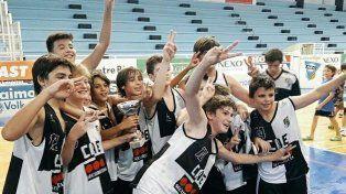El CAE dio la vuelta en el Luis Butta:La categoría U13 del Club Atlético Estudiantes de básquet Masculino se impuso ante Echagüe 70 a 67 y obtuvieron el bicampeonato del Torneo de la Asociación Paranaense de Básquet.