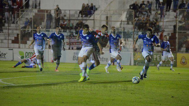 Antecedente. Atlético Paraná y Gimnasia igualaron 0-0 en el Mutio por la primera fase de la presente temporada.