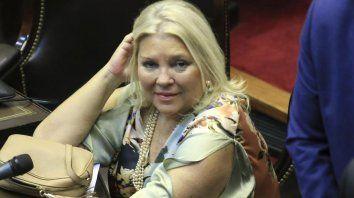 Opiniones y cruces. La diputada tras hablar de la propina, llega a Paraná.
