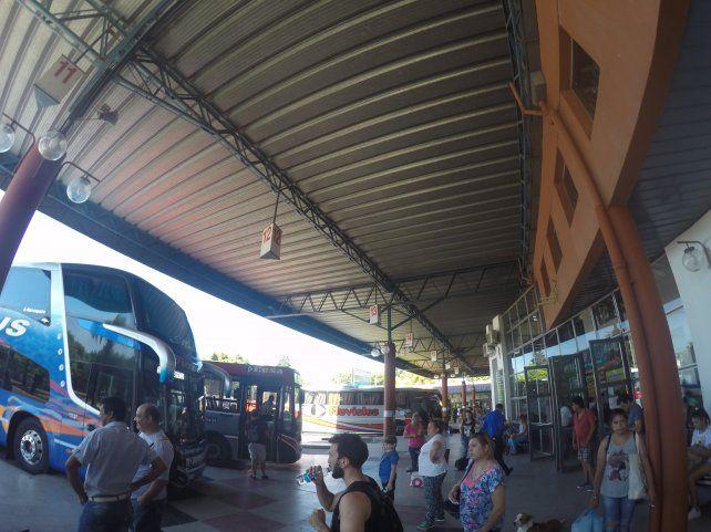 La Terminal de Paraná el viernes por la tarde. Foto UNO.