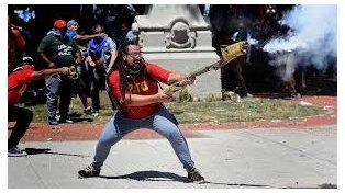 Es santafesino el manifestante que disparó con un arma casera en el congreso