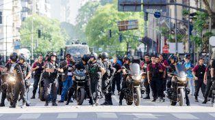 Docentes de Villaguay fueron víctimas de la represión policial frente al Congreso