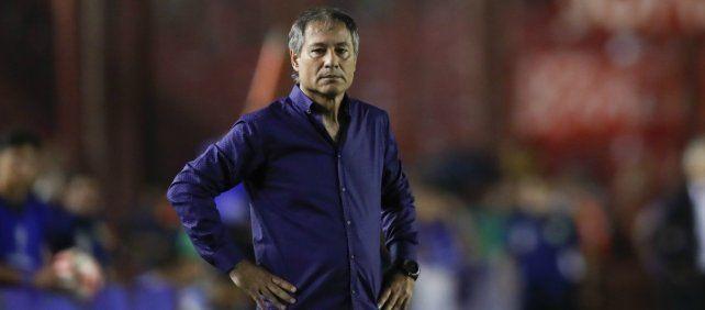 Superliga: Ariel Holan se fue de Independiente