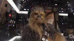 Conocés al actor que hace de Chewbacca en la última película de la saga Star Wars?