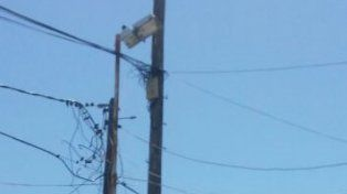 El poste reparado. Foto Telecom.
