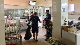 La selección argentina de sóftbol visitó el Hospital San Roque