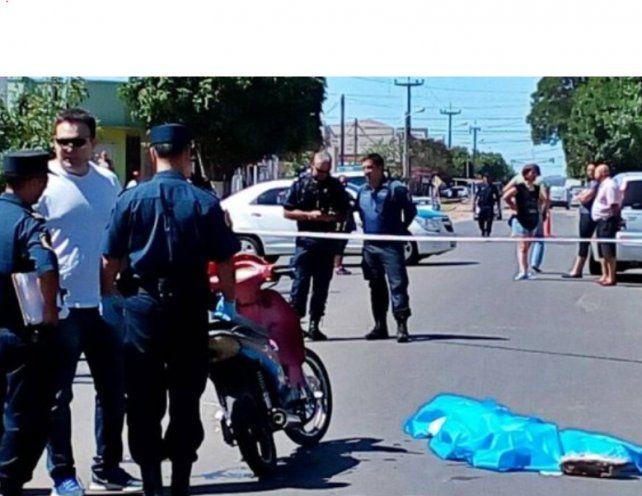 Fatal accidente: perdió la vida al golpear la cabeza con el asfalto