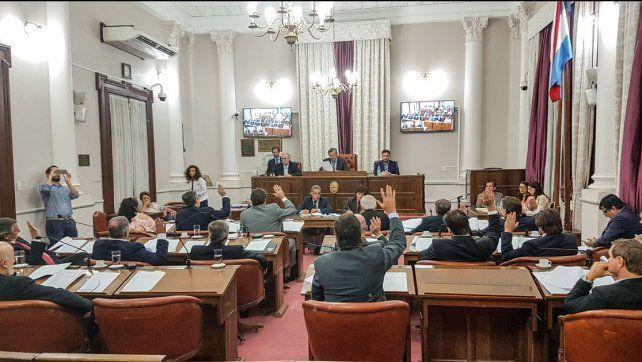 Votación. Unanimidad en Cambiemos y dos votos en contra de la aprobación en el justicialismo.