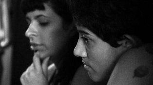 Historia. Magaly cuenta una historia real sobre una pareja de adolescentes que sufrió el rechazo de una Paraná homofóbica durante los 90.