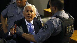Concedieron la prisión domiciliaria al represor Miguel Etchecolatz: se va a vivir a Mar del Plata