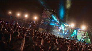 Paraná recibe el 2018 con una fiesta nueva