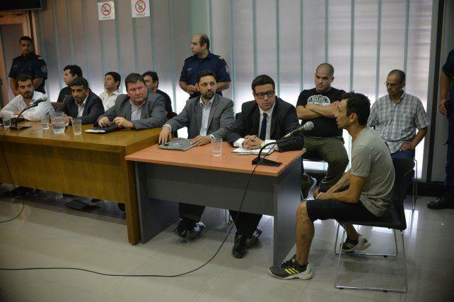 Postura. Los imputados aceptaron que golpearon a seis niños de Strobel durante el partido con Unión de Santa Fe por la Superliga.