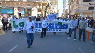 Una de las últimas movilizaciones de La Bancaria en Paraná. Foto UNO Archivo.
