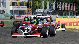 El paranaense Hernán Satler es el campeón de la Fórmula Renault