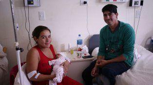 Juntos. La familia Hernández del barrio Gaucho Rivero ayer estaba feliz
