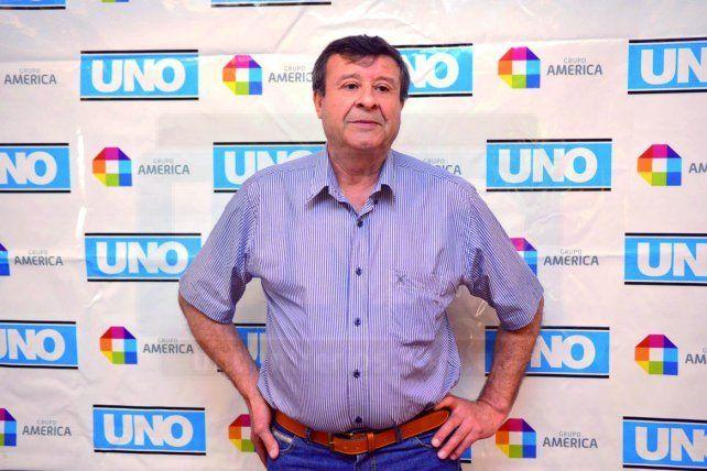 Néstor Reynoso, dueño de un comedor con mística