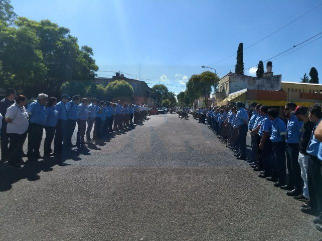 Muestras de profundo dolor en el sepelio del inspector de tránsito Franco Portillo