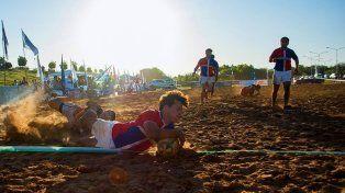 Actividades deportivas en la playa de Concepción del Uruguay