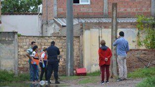 Un ladrón se ahogó en la pileta de una casa donde entró a robar