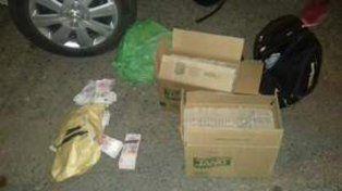 Mucha platita. El dinero estaba guardado en las cajas de cartón.