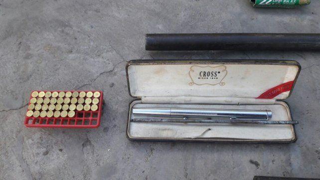 Quedó preso por tener varias arnas, entre ellas la conocida pistola-lapicera