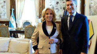 Mirtha volvió a cuestionar a Macri: No me parece bien que esté veraneando cuando el país está muy difícil