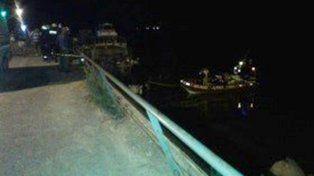 Tragedia: Un auto cayó al riacho Victoria y un joven murió ahogado