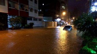 Argentinos en Florianópolis: pese a la emergencia por las inundaciones hacen vida normal