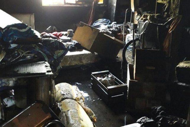 Un cortocircuito desató un incendio en una vivienda