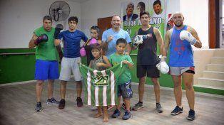 La plantilla. El Team Peligro Camioneros realizó ayer un nuevo entrenamiento en la sede del sindicato y espera con ganas el arribo a Paraná de Gonzalo Patón Basile