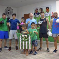 La plantilla. El Team Peligro Camioneros realizó ayer un nuevo entrenamiento en la sede del sindicato y espera con ganas el arribo a Paraná de Gonzalo Patón Basile, campeón CMB.