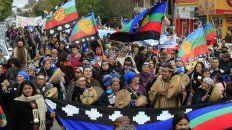 mapuches, caidos de la agenda