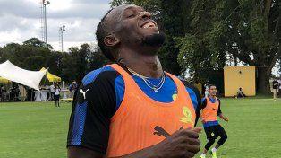 Usain Bolt cada vez más cerca de ser futbolista