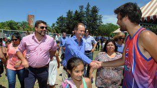 Bordet entregó aportes y anunció obras para el norte entrerriano