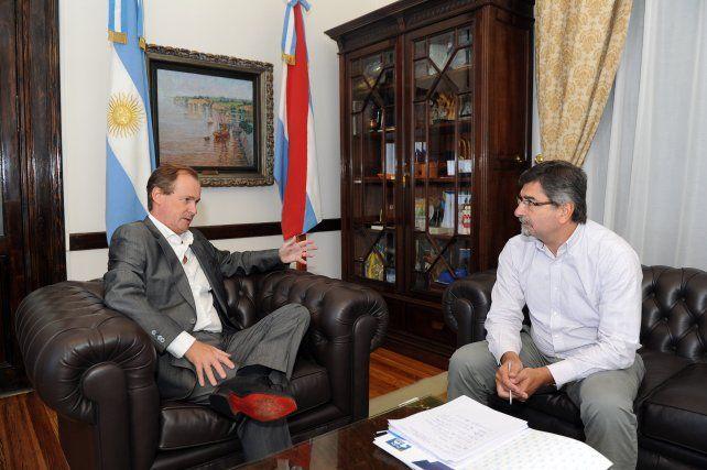 Bordet y González. El titular de Enersa señaló que le pidió a Gas Nea priorizar obras en la provincia.