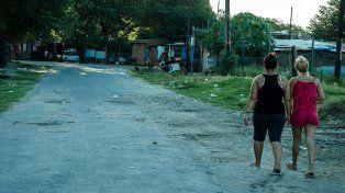 El realizador santafesino Rubén Plataneo desmenuza la red delictiva a partir de los asesinatos