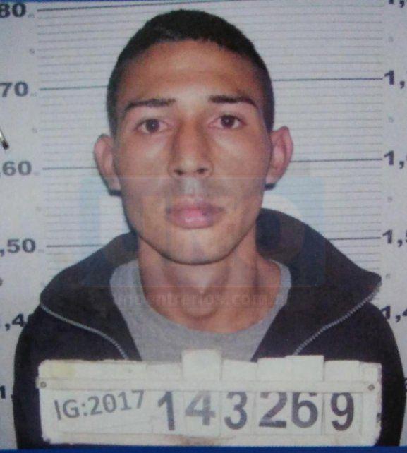 Sigue prófugo. Martínez aun no pudo ser apresado por la policía.