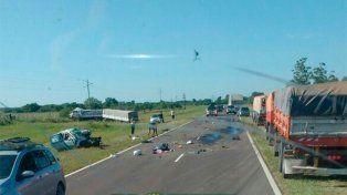 Tres personas murieron por un choque frontal en la Ruta Nacional 12