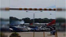 video   principio de incendio en un avion de una low cost