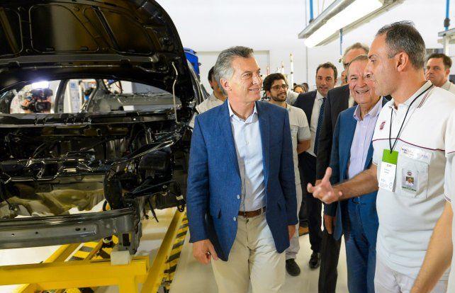 Fábrica. Macri participó del lanzamiento de un nuevo modelo de Fiat.