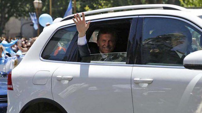 El Estado gastará hasta 2 millones de dólares en una nueva camioneta blindada para Macri
