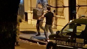 La foto tomada con un celular muestra el operativo de Gendarmería.
