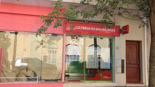 La de la suerte. En esta agencia de calle Catamarca se jugó el millonario Quini 6. Foto: Diego Arias