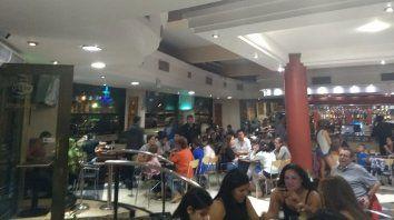 Bares y restaurantes de Paraná trabajaron muy bien durante el fin de semana. Foto UNO.