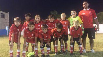 Presente. La categoría 2009 del Club Atlético Sarmiento de Crespo participó en el torneo.